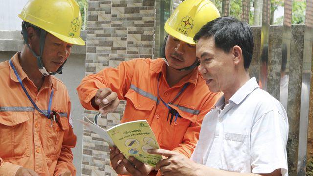 Chính phủ yêu cầu đánh giá tác động của giá điện, có kịch bản với giá xăng dầu tăng cao - 1