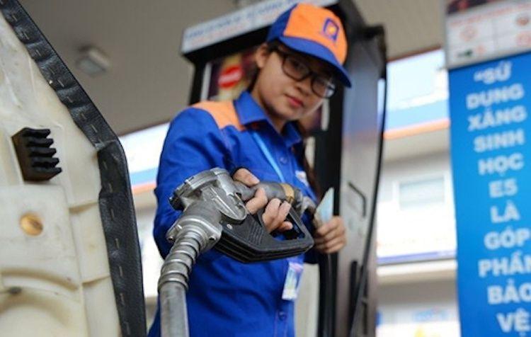 Giá xăng tiếp tục tăng khủng gần 1.000 đồng/lít, E5 vượt mốc 20.000 đồng/lít