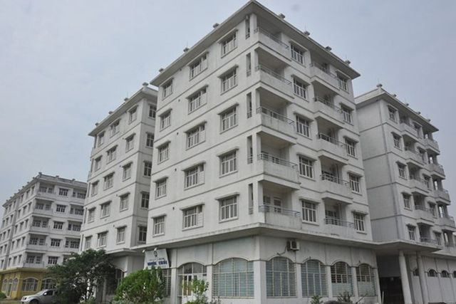 Nhà tái định cư ở Hà Nội: Xuống cấp, nhếch nhác, ô nhiễm đến bao giờ? - 1