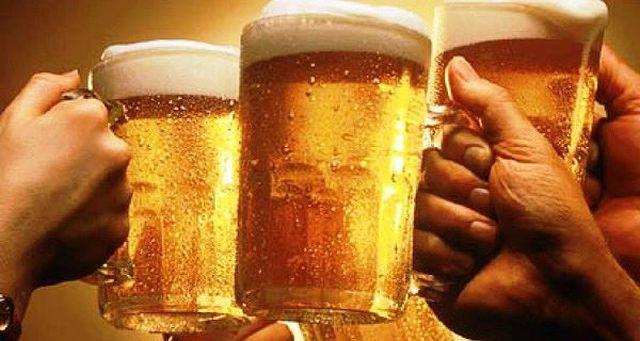Quốc hội bàn tác hại rượu bia, cổ phiếu Sabeco, Habeco vẫn tăng mạnh - 1