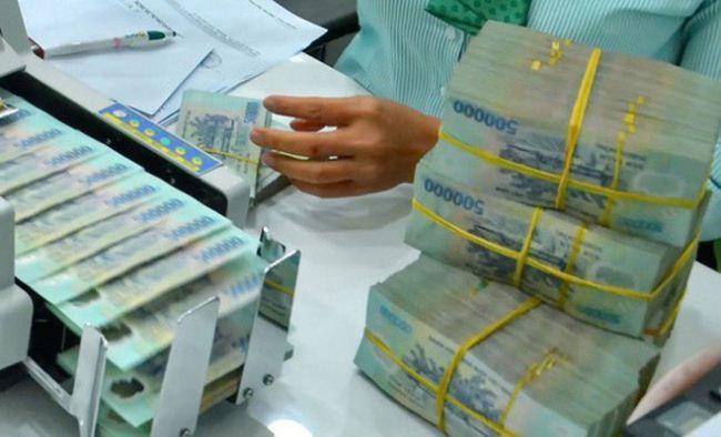 Chính phủ mỗi năm vay bao nhiêu để trả nợ và giảm bội chi?