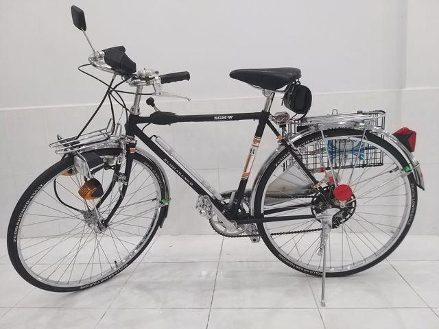 """Xe đạp """"thủy thủ"""" chưa lăn bánh sau 55 năm có giá trăm triệu ở TPHCM - 1"""
