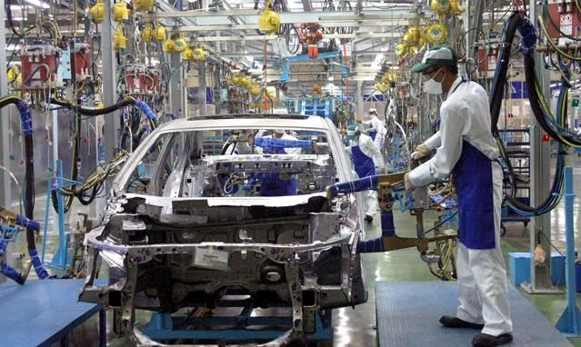 Nội địa hóa bất thành, Việt Nam phải chi hàng tỷ USD mua linh kiện về lắp ráp ô tô