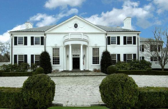 Bên trong tòa biệt thự đầu tiên của Tổng thống Donald Trump có giá 30 triệu bảng