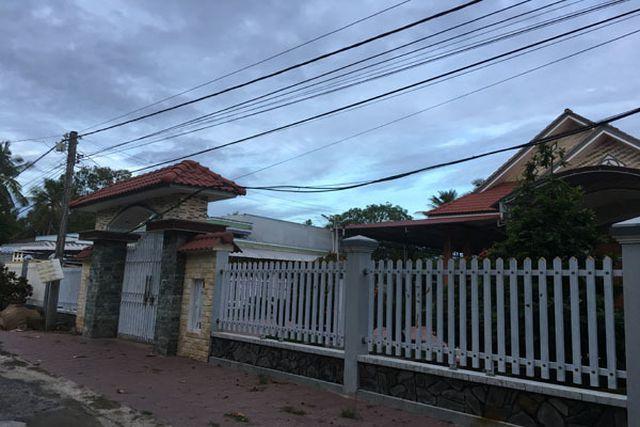 Ngôi làng miền Tây cứ 10 nhà thì 8 nhà cho con lấy chồng nước ngoài - 3
