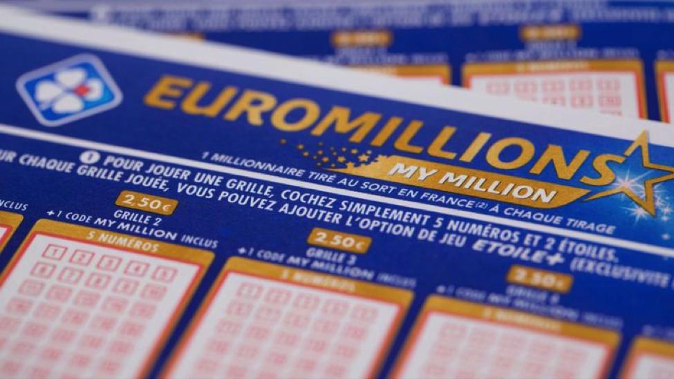 Giải sổ xố độc đắc 123 triệu bảng EuroMillions hóa ra là trò lừa đảo một bà mẹ đơn thân