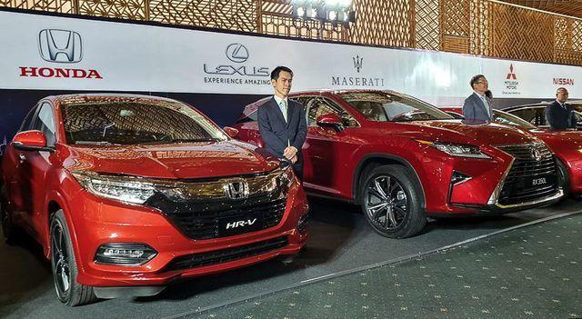 """Xe Việt """"khó đấu"""" được xe miễn thuế, siêu xe giá khủng về tay đại gia Sài Gòn - 5"""