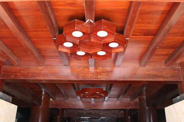 """Khám phá ngôi nhà gỗ 5 tầng """"độc nhất vô nhị"""" của lão gia ở Hà Tĩnh - 4"""