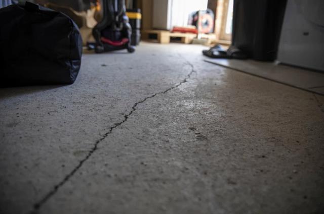 Sốc khi phát hiện hơn 400 lỗi trong căn nhà hơn 11 tỉ đồng vừa mới mua - 2