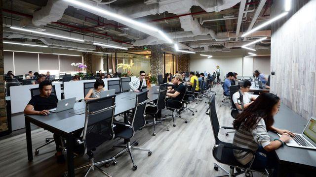 Nhiều doanh nghiệp ở Trung Quốc sang thuê văn phòng tại TPHCM - 1