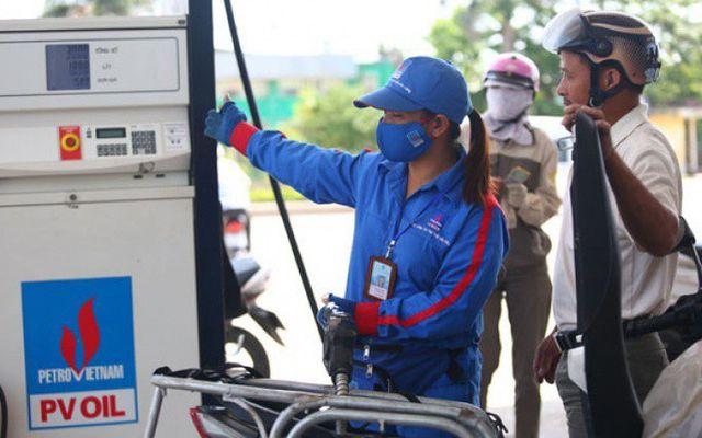 Giá xăng tiếp tục tăng cao từ 17h hôm nay - 1