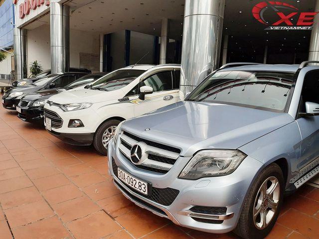 Xe sang 10 năm tuổi tầm giá từ 600 triệu đồng hút khách Việt - 1