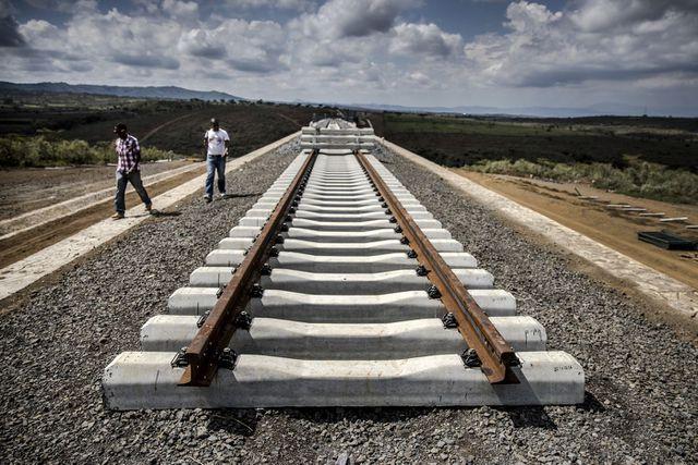 Kenya bối rối cao độ vì Trung Quốc rút lại 4,9 tỷ đô la Mỹ đầu tư tuyến đường sắt - 1