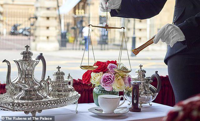 Có gì ở tách trà đắt nhất vương quốc Anh, trị giá 14,6 triệu đồng - 1