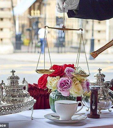 Có gì ở tách trà đắt nhất vương quốc Anh, trị giá 14,6 triệu đồng
