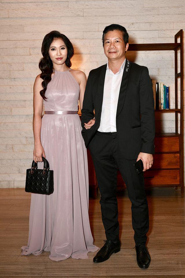 Choáng với dàn siêu xe đến dự đám cưới Cường Đôla và Đàm Thu Trang - 18