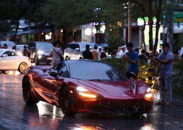 Choáng với dàn siêu xe đến dự đám cưới Cường Đôla và Đàm Thu Trang - 10