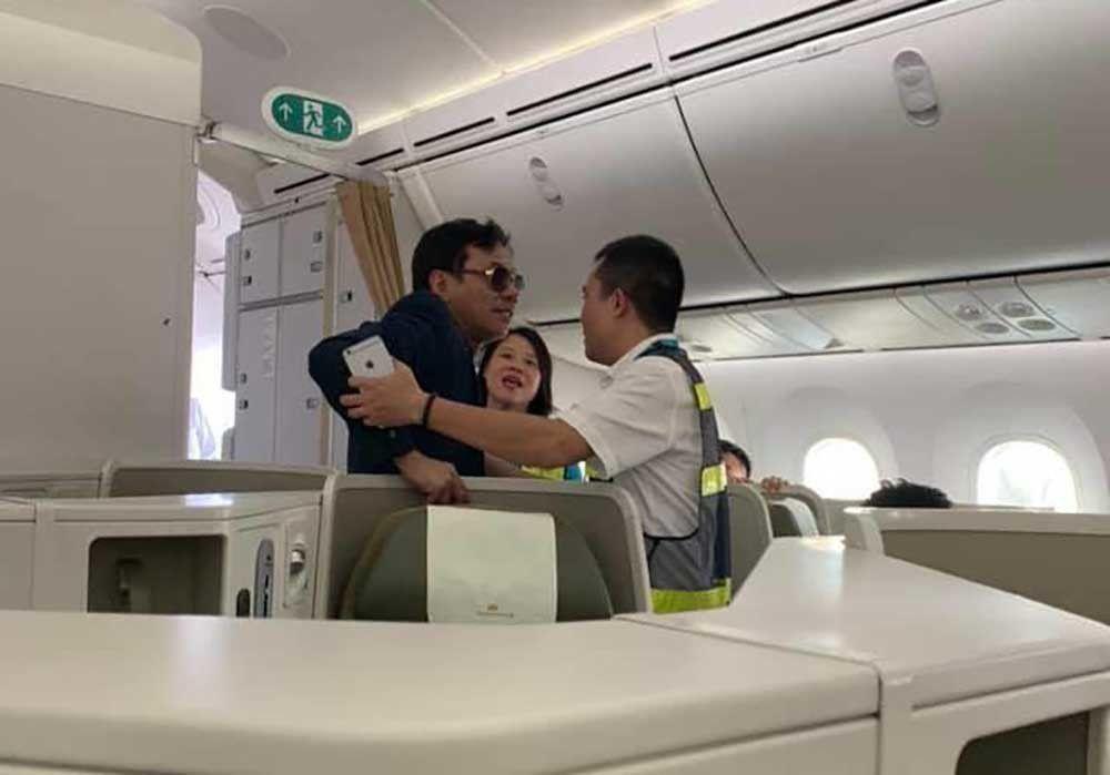 Khốn khổ vì trùng tên doanh nghiệp với đại gia bất động sản sàm sỡ khách trên máy bay