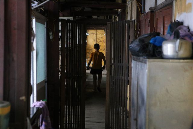 Cuộc sống như từ thế kỷ trước trong khu nhà gỗ ở Hà Nội - 2