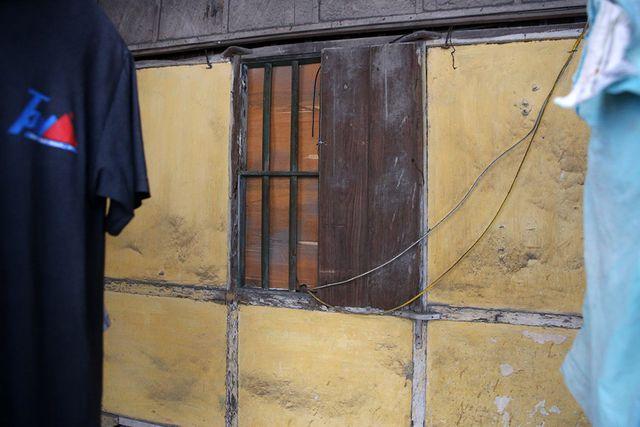 Cuộc sống như từ thế kỷ trước trong khu nhà gỗ ở Hà Nội - 8