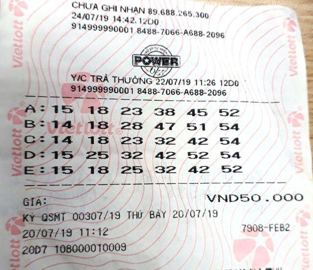 Lần đầu tiên một tấm vé số trúng cùng lúc 5 giải nhất trị giá 5 tỷ đồng - 3