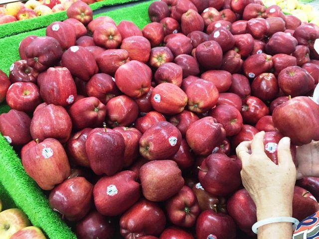 Tác động thương chiến Mỹ-Trung: Tôm, cua, hoa quả Mỹ về VN với giá rẻ bất ngờ - 5