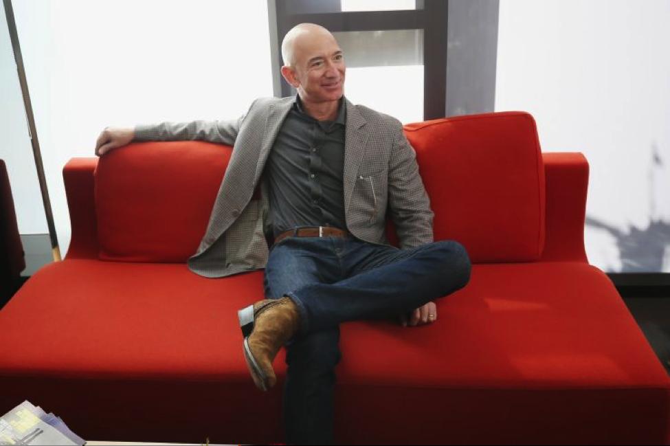 Người giàu nhất thế giới, Jeff Bezos bán 2,8 tỷ đô la cổ phiếu chỉ trong một tuần