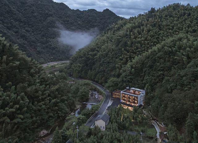 Những khách sạn được thiết kế đẹp nhất thế giới - 6