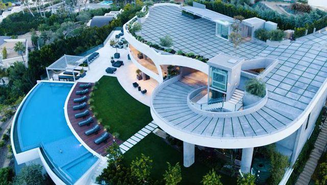 Ngắm kiến trúc siêu độc đáo của biệt thự trị giá 42 triệu USD ở Los Angeles - 3