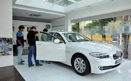 Tiêu thụ xe hơi giảm nhẹ trước tháng