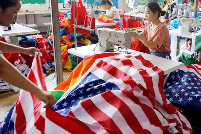 Trung Quốc ngấm đòn chiến tranh thương mại với Mỹ - 1