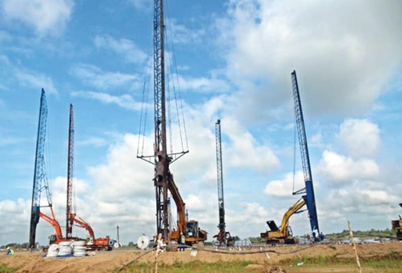 Nguy cơ thiếu điện do loạt dự án chậm tiến độ