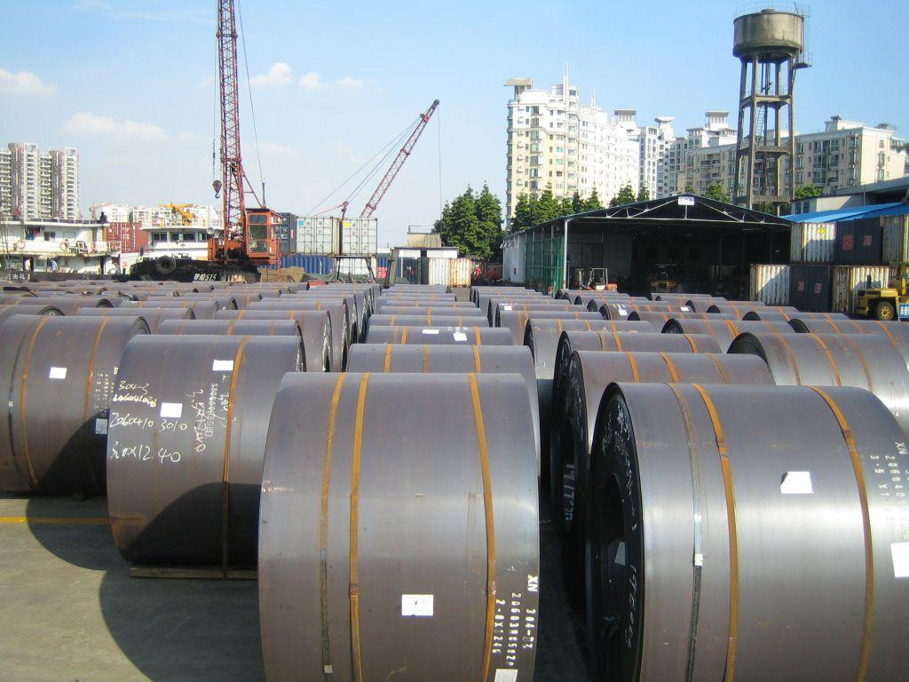 Hàng hóa, nguyên liệu Trung Quốc sang Việt Nam bất ngờ tăng cao