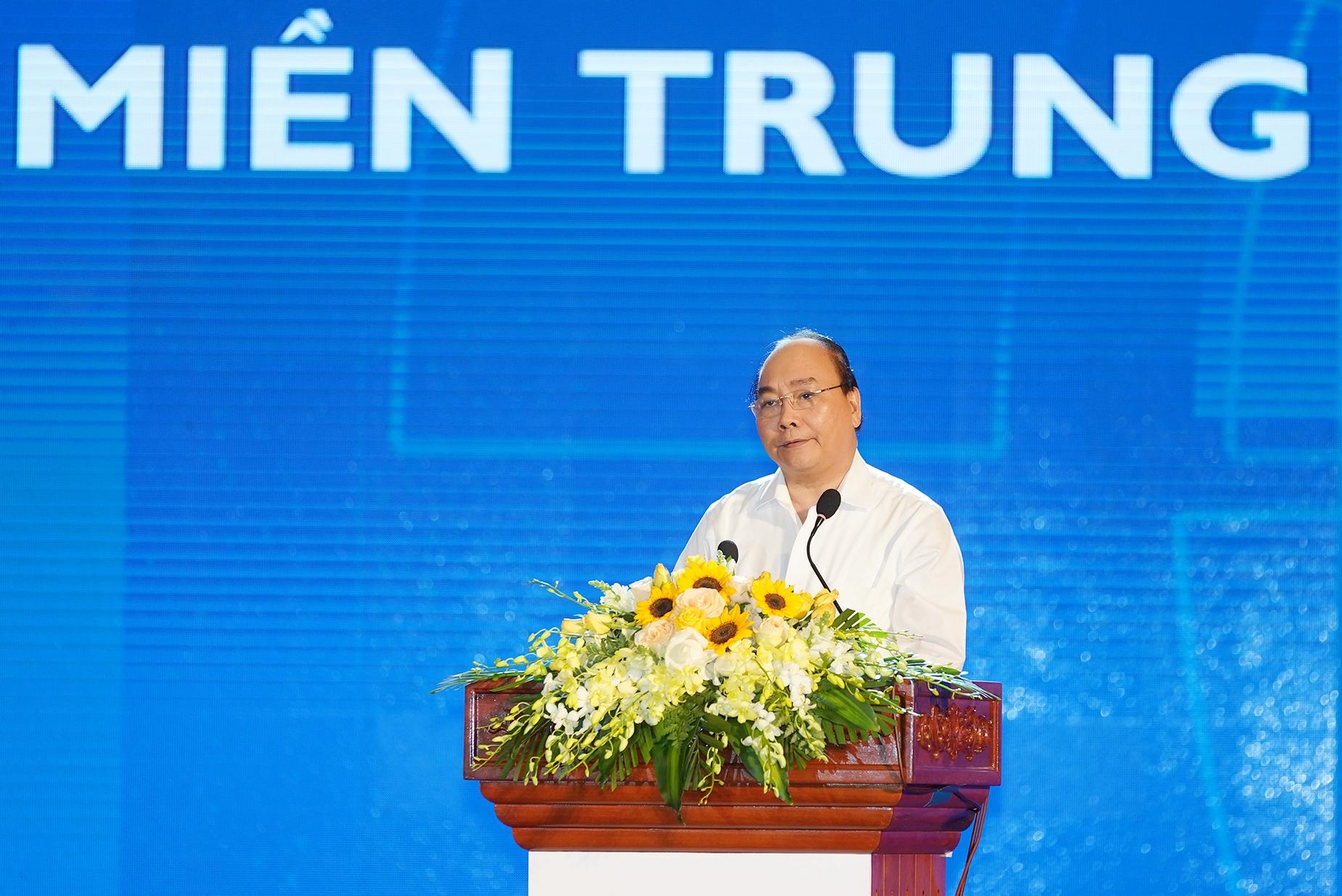 Thủ tướng: Người miền Trung giàu và giỏi cần đóng góp phát triển quê hương