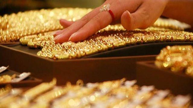 """Nhà đầu tư Phố Wall: """"Hãy mua vàng càng nhiều càng tốt"""" - 1"""