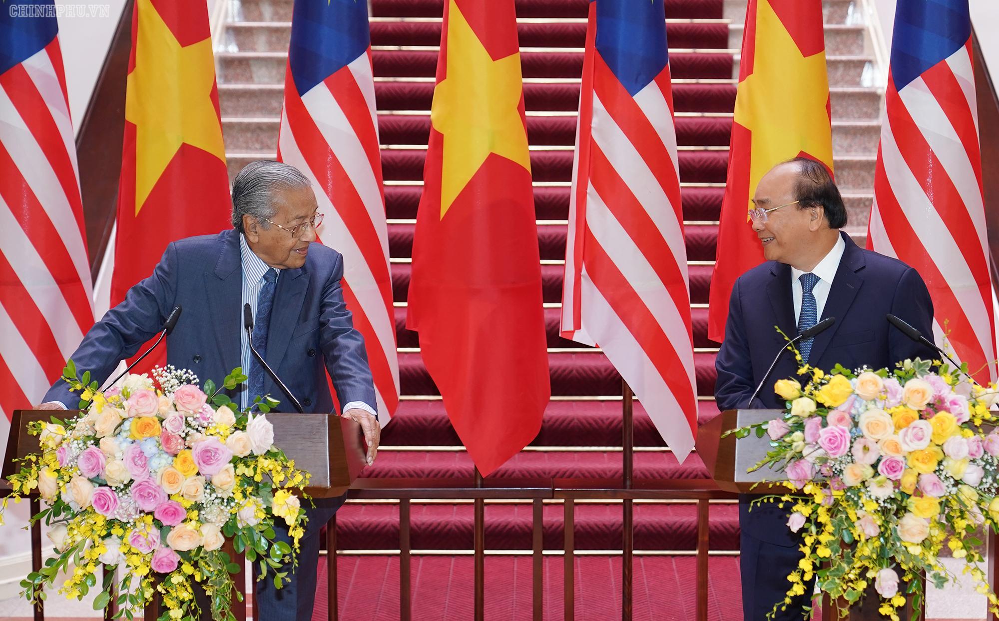 Việt Nam và Malaysia nhất trí mở rộng hợp tác thăm dò, khai thác dầu khí