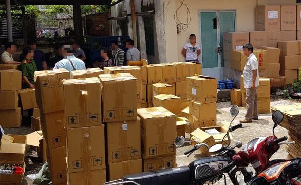 Phó Thủ tướng: Sớm đưa vụ sản xuất thuốc và thực phẩm chức năng giả ra xét xử