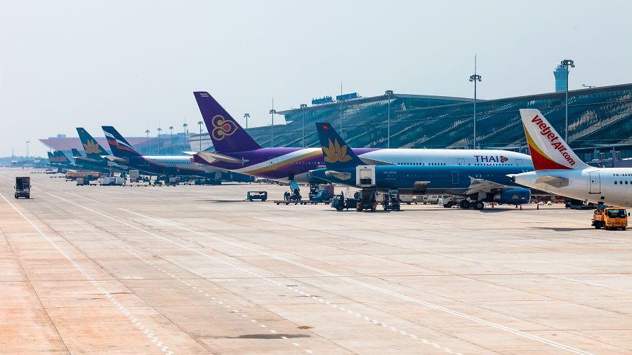 """Bộ Giao thông muốn giao ACV quản lý tài sản, """"thu-chi"""" tiền ở 21 sân bay!"""