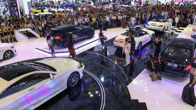 """Ô tô nhập tăng kỷ lục, Bộ Công Thương hiến một loạt kế """"cứu"""" công nghiệp ô tô Việt"""