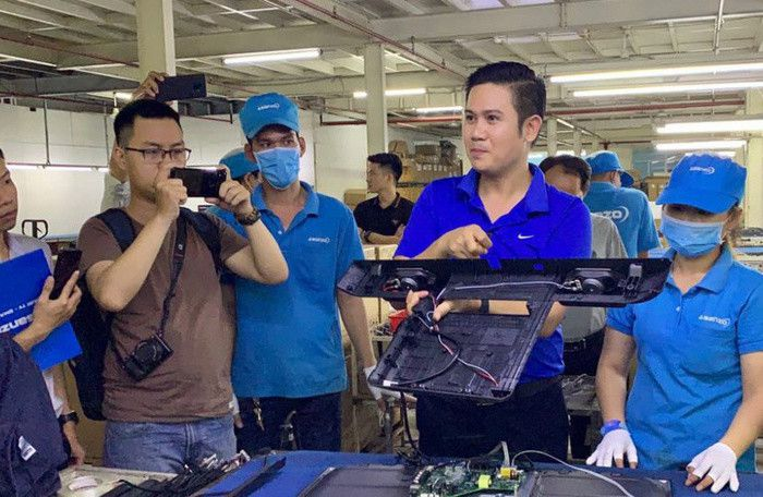 Bất ngờ thông tin: 14 công ty nhập khẩu cho Asanzo đã bỏ trốn