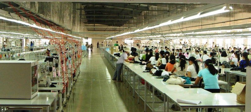 Thuế quan ăn vào lợi nhuận, hàng loạt các công ty theo nhau rút khỏi Trung Quốc
