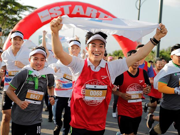 Đường đua marathon giống cuộc sống thế nào và có thể thay đổi cuộc đời bạn ra sao?