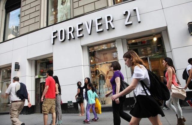 Forever 21 chính thức tuyên bố phá sản - 1