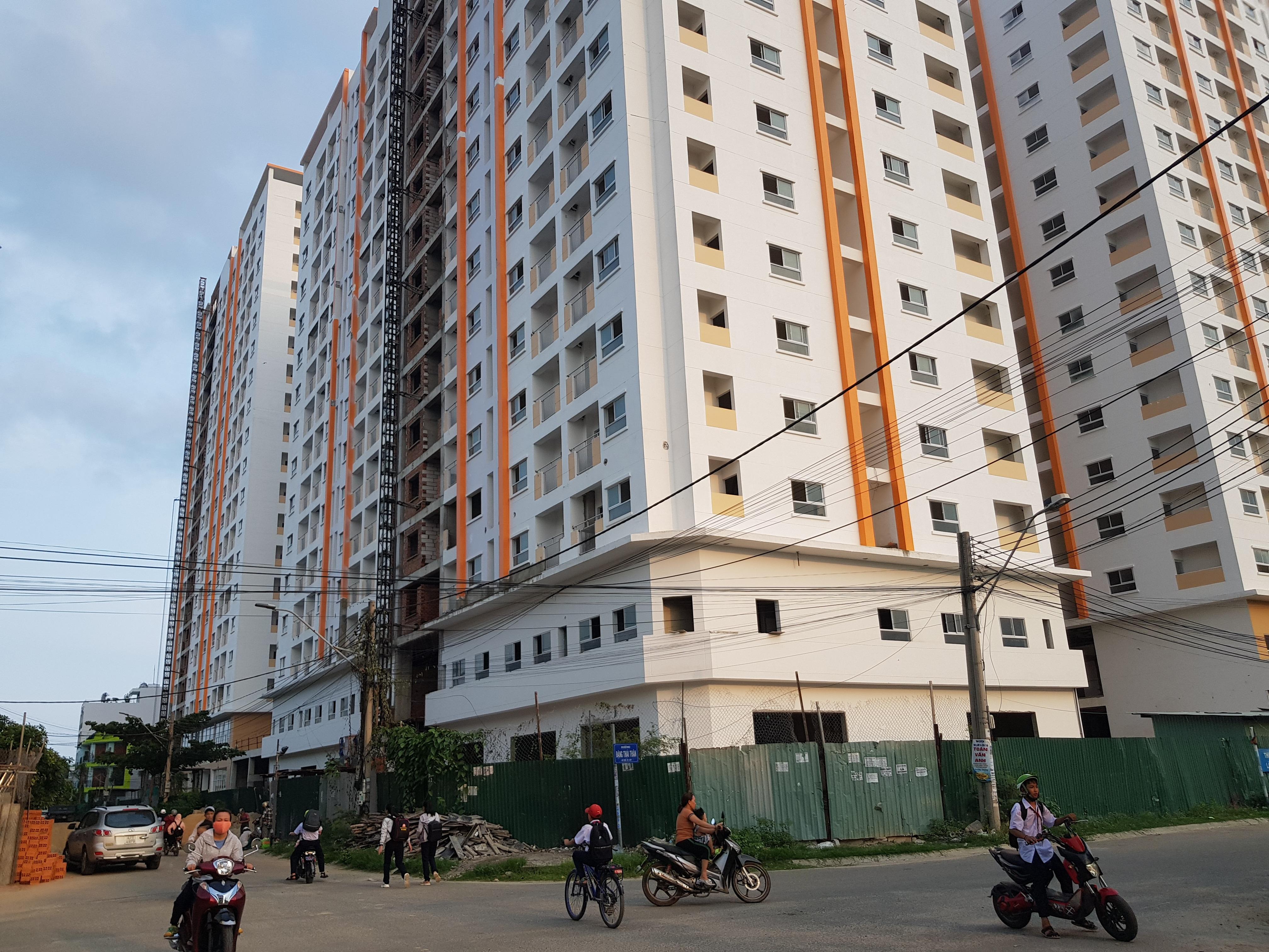 """Vay gói 30.000 tỷ đồng để mua nhà ở xã hội: Cư dân """"thấm đòn"""" vì chủ đầu tư chây ì giao nhà"""
