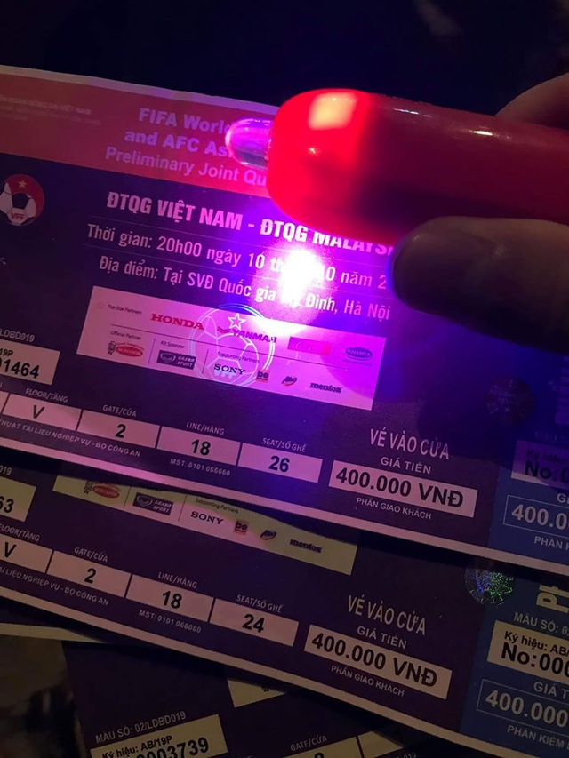 Săn vé chợ đen sát trận Việt Nam - Malaysia: Nơm nớp lo mua phải vé giả - 3