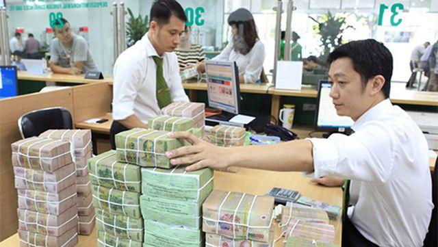 Tiền thu không đủ chi: Chính phủ dự kiến vay thêm nửa triệu tỷ đồng bù đắp - 1