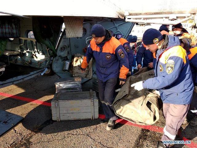 Lộ két sắt chứa 18 kg vàng sau vụ vỡ đập ở Nga  - 2