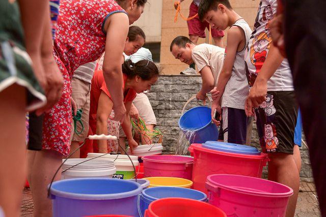 """Vụ """"nước bẩn"""" Sông Đà: Người dân phải được bồi thường thiệt hại!  - 2"""