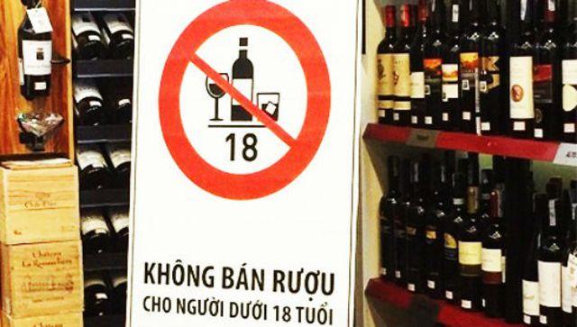 Kinh doanh rượu bia trên mạng phải đảm bảo không bán cho người dưới 18 tuổi - 1