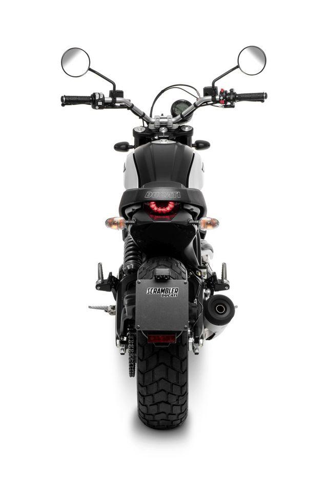 Ducati chỉ làm mới Scrambler bằng phiên bản Icon Dark cho năm 2020 - 8